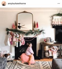 www.instagram.com/amylouhawthorne